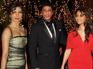 Shahrukh Khan, Gauri Khan and Priyanka Chopra