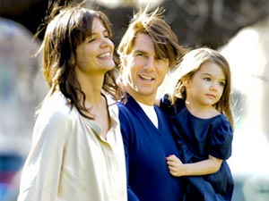 Katie Holmes with Tom Cruise and daughter Suri Cruise