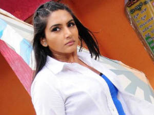 Ragini Dwivedi denies speaking ill of Ramya