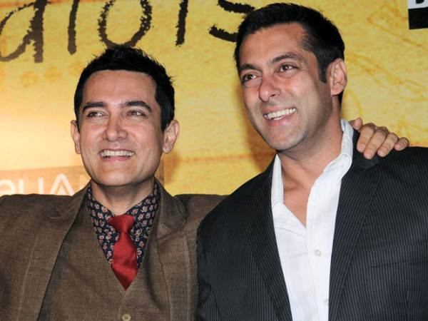 Salman And Aamir At 3 Idiots' Premiere