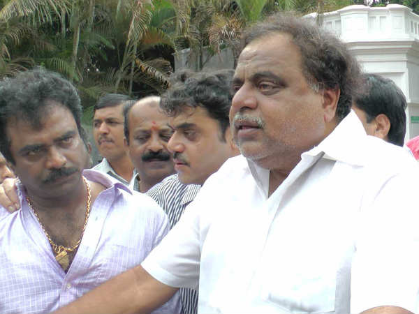 Ambareesh Speaking At The Protest