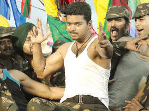 Thuppakki sets a trend on Twitter