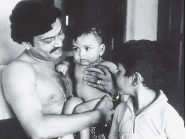 Prithviraj With Father And Brother