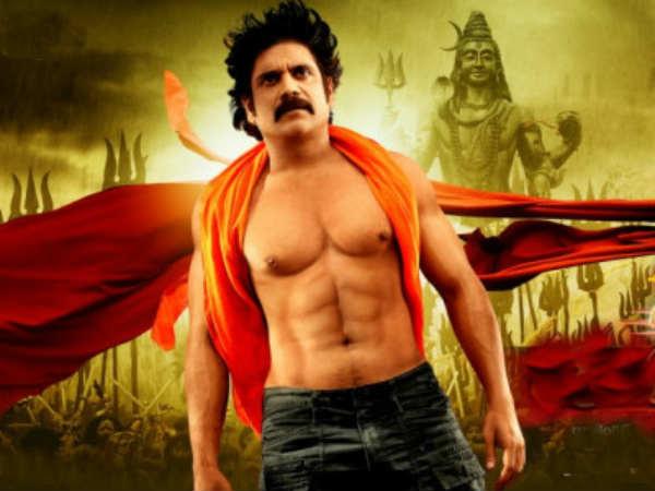 Picture: Nagarjuna sporting six pack abs in Damarukam ...