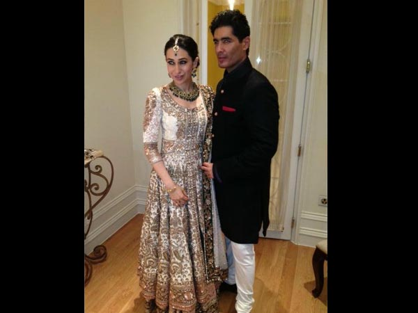 Karisma At Kareena's Mehendi