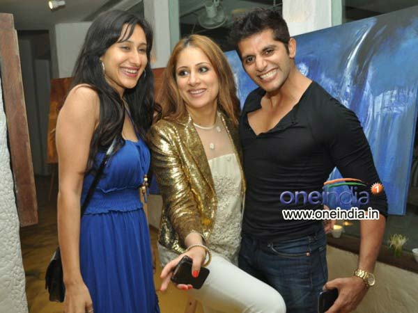 Karan Veer At Art Exhibition