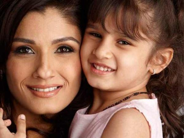 Raveena With Her Daughter