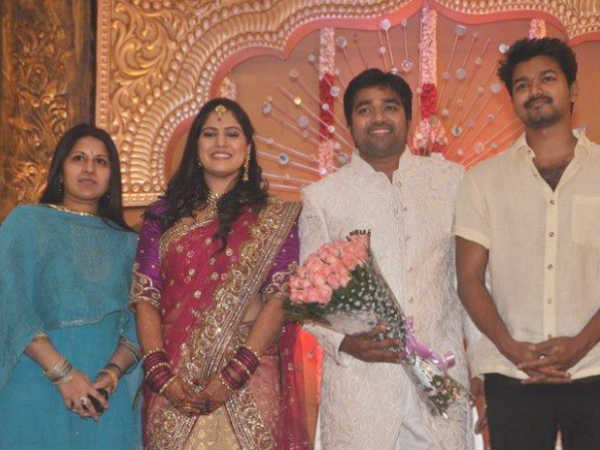 Vijay Wishes Shiva And Priya