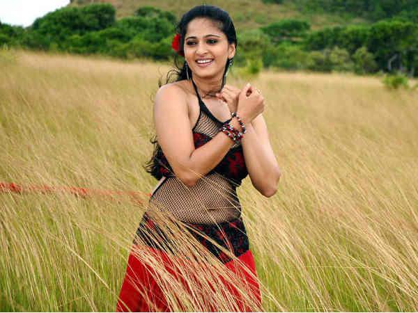 Telugu movie Damarukam is a romantic action movie, andAnushka Shetty's ...