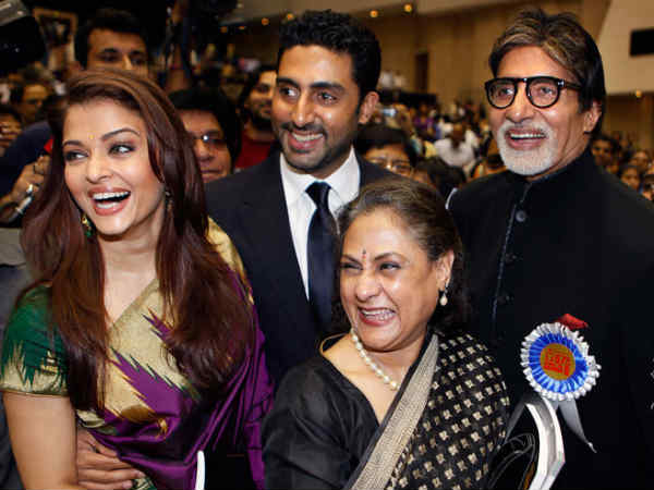 Aishwarya With The Bachchans