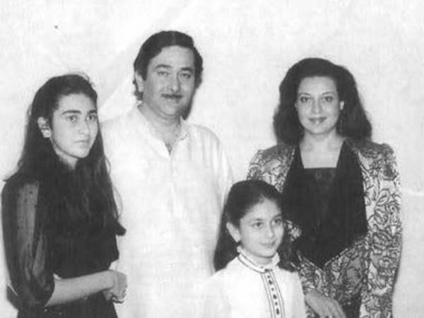 Karisma And Kareena With Their Parents
