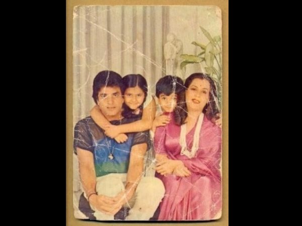 Unseen Picture Of Jeetendra And His Family