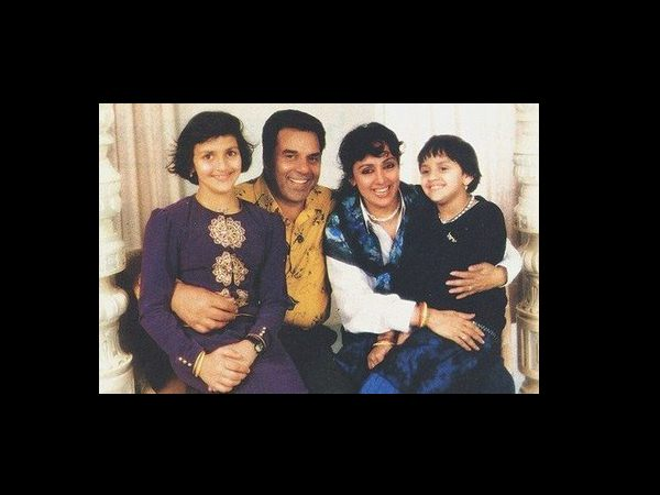 Dharmendra And Family