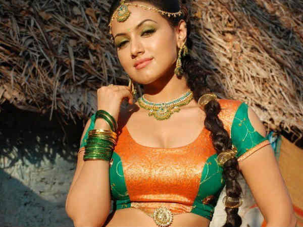 Sana Khan's Hot Pictures