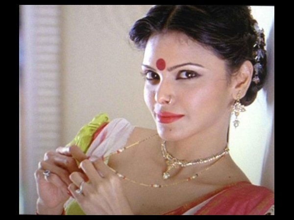 Sherlyn Chopra-The Latest Controversial Queen!