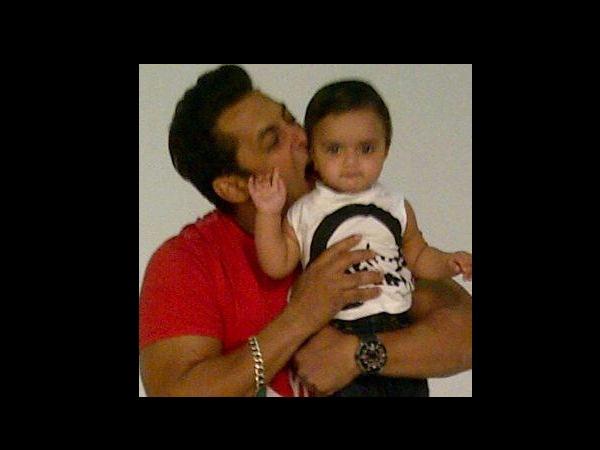 Salman Khan | Nephews | Niece | Rare | Unseen | Pictures ...