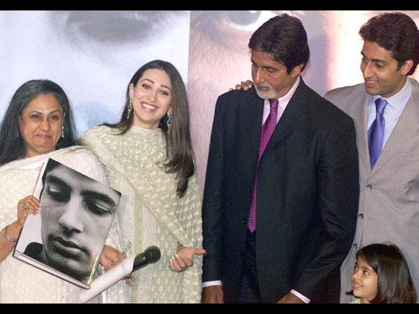 Karisma Kapoor With The Bachchan Family