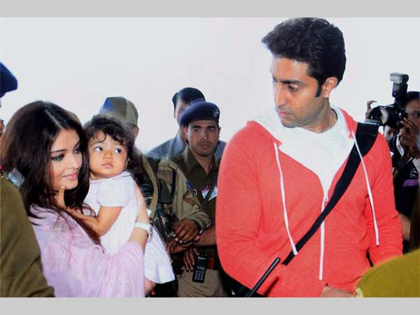 Ash With Daughter Aaradhya