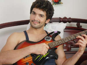 Diganth enters Bollywood with 1920 London