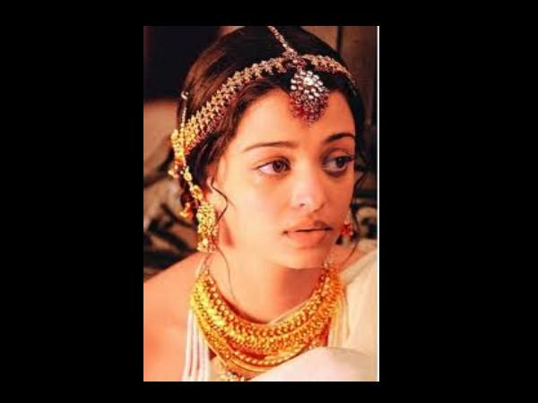 Aishwarya Rai Bachchan's no makeup avatar! check online ...
