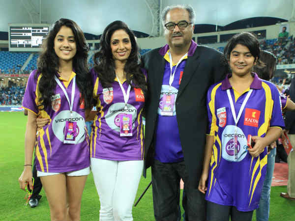 Sridevi Kapoor With Her Family