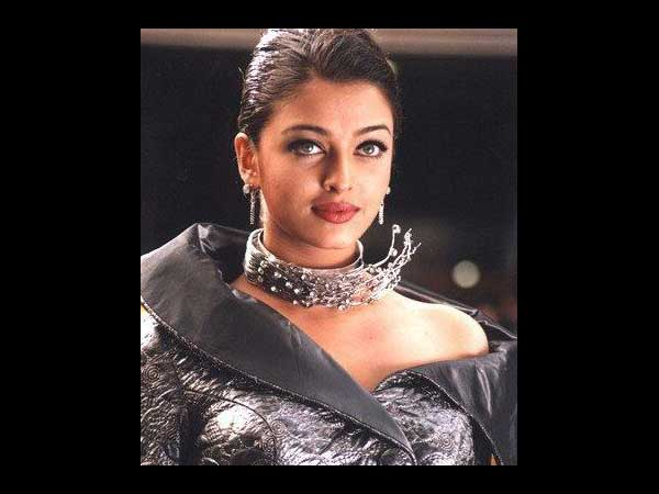 Aish In Movie - Jeans