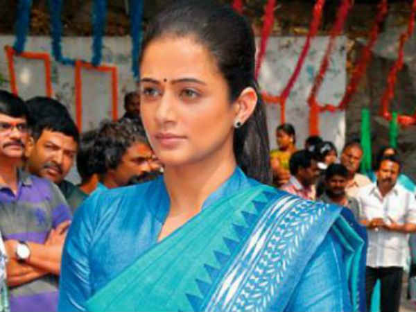 Priyamani As Sonia Gandhi At Chandi Movie Launch