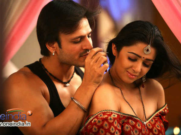 Charmi kaur lovemaking intimate scenes vivek oberoi for Best online photo gallery