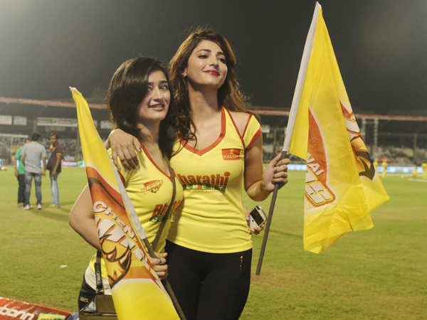Akshara With Shruti