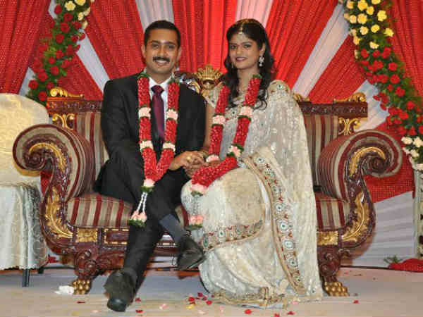 Uday Kiran Wife Visitha | First Public Appearance Photos
