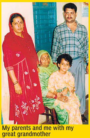 Kangna and her family