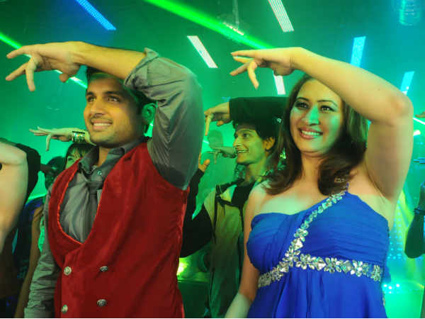 Hot Jwala Gutta In Item Song