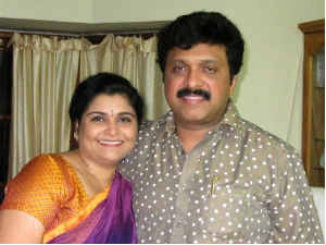 Ganesh Kumar with wife Yamini