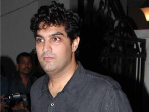 kunaal roy kapur brother