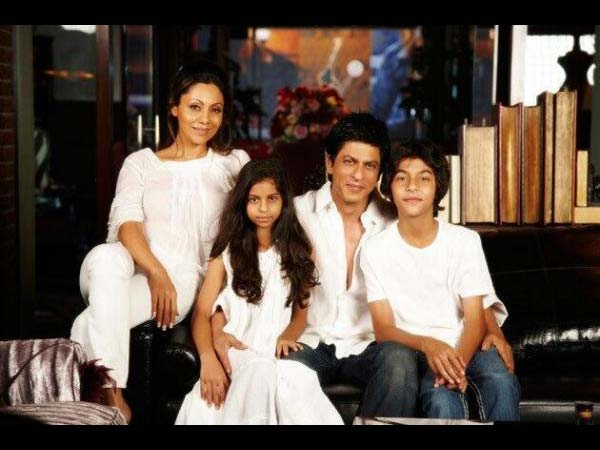 02-family-1 jpgShahrukh Khan Kids Age