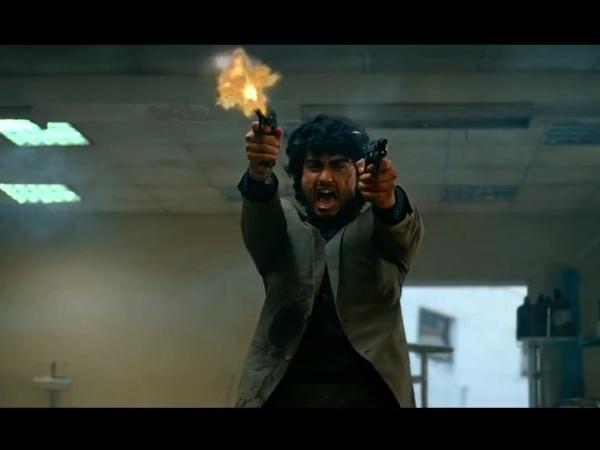 Arjun kapoor and sasha agha bare back sex scene - 3 1