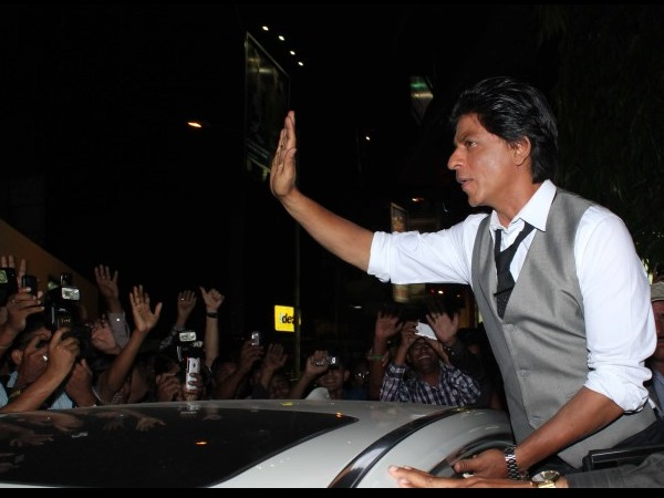SRK At Filmfare's Special Edition Launch