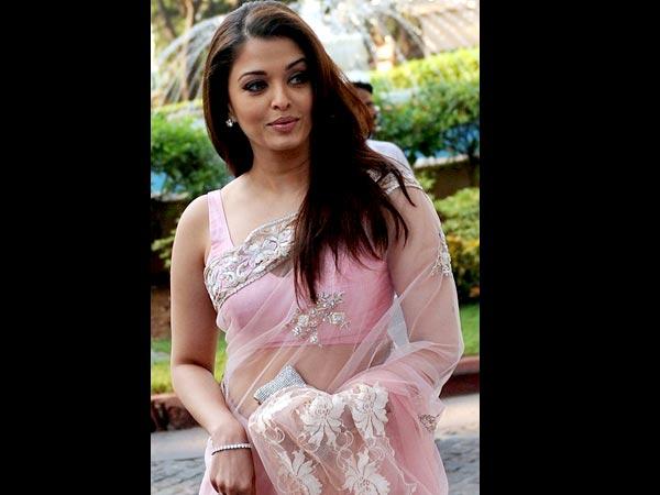 photo aishwarya saree naked