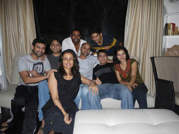 Mahesh Babu With Close Friends