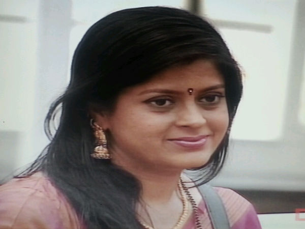 Aparna Vows To Unmask Chandrika's True Face