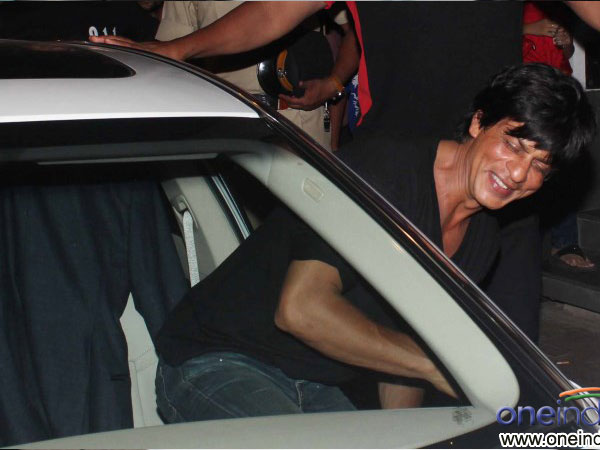 SRK At Dinner Party