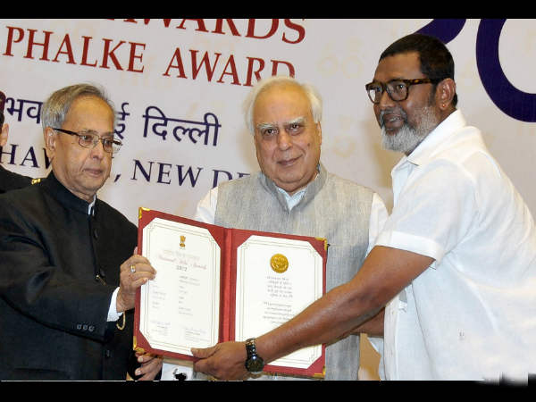 Lal Receiving Special Jury Award