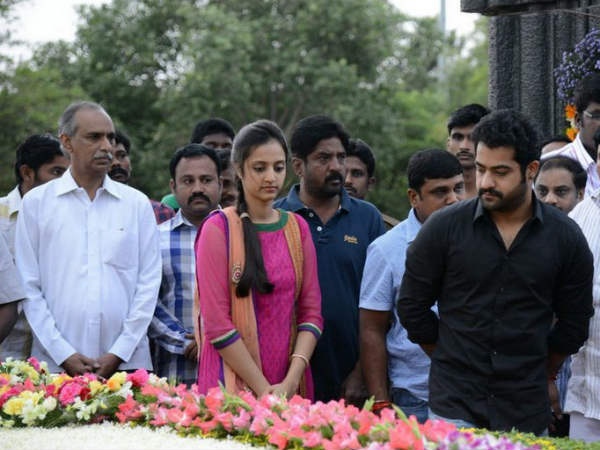 Jr NTR Showed His Respect
