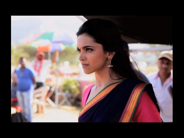 Deepika Spotted On Sets