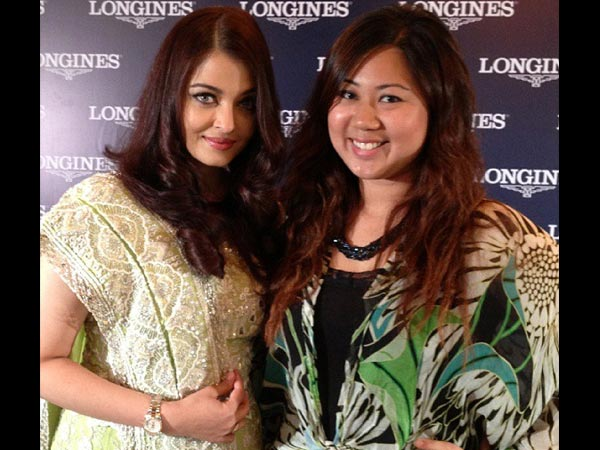 Aish And Her Fan