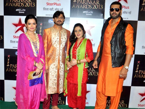 Star Parivaars On Red Carpet