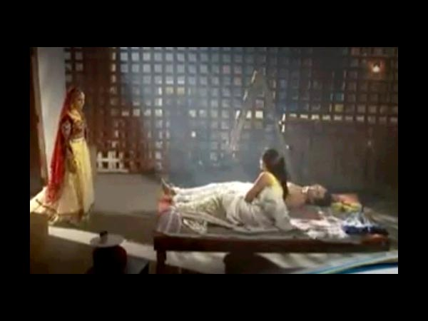 Zoya Finds Asad And Tanveer