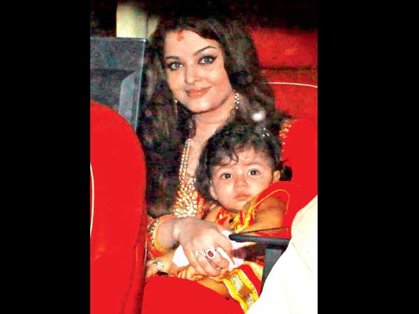 Aish With Daughter