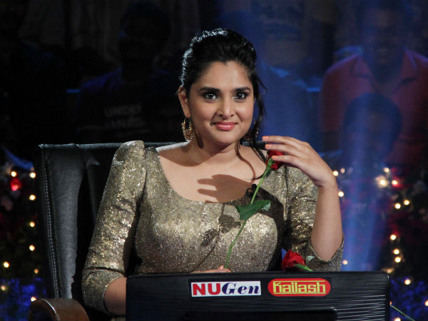 Ramya Dances For A Song