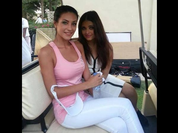 Aish With Friend